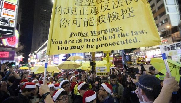 Hong Kong, 12 arrestati in scontri