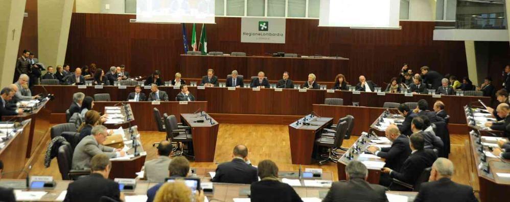 Lombardia, varato il bilancio 2015 I fondi? La sanità al primo posto