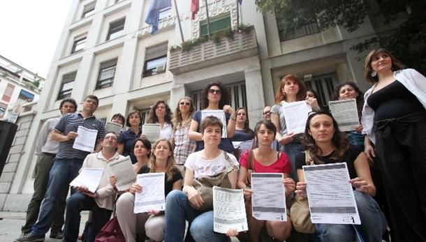 Province: Milano, stop protesta precari