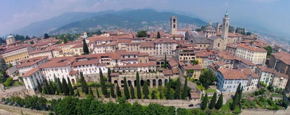 Il posto più bello del mondo? Bergamo Lo dice la scrittrice americana Smiley