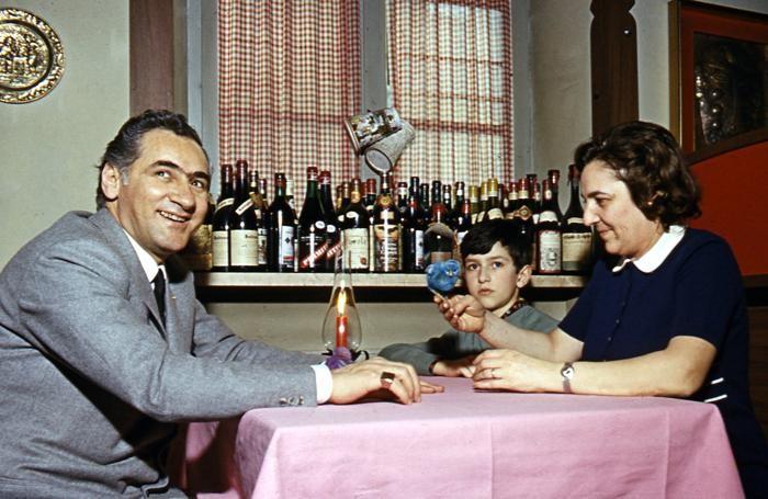 Pino ed Elena Capozzi con il piccolo Massimo