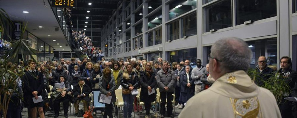 «Perseguitati perché cristiani» La Messa dei profughi in stazione