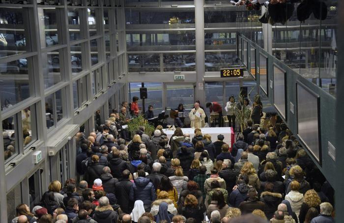 La messa di Natale all'Urban Center  in stazione