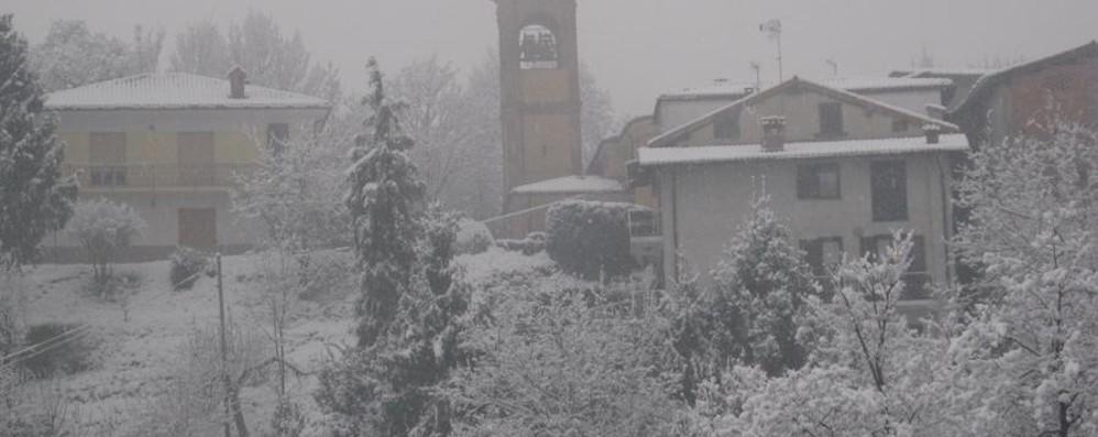 Bergamo: sveglia gelata, poi la neve Guarda le fotografie e i video
