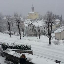 Neve a Moio de' Calvi foto di Giambattista