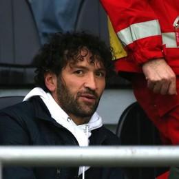 Cristian Raimondi in tribuna con le stampelle