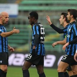 La gioia dell'Atalanta dopo il gol del 2-0