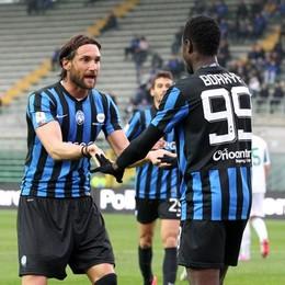 Bianchi e  Boakye dopo il 2-0