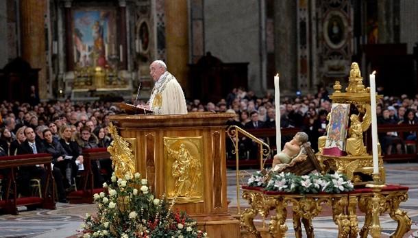 Israeliti e Egitto, il Papa cita Benigni