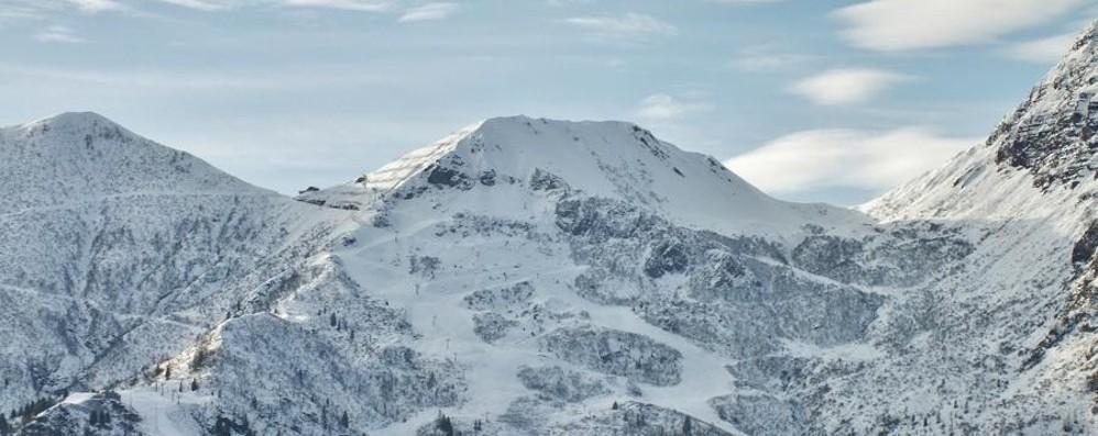 Per ora neve solo a 2 mila metri Stazioni chiuse per l'Immacolata
