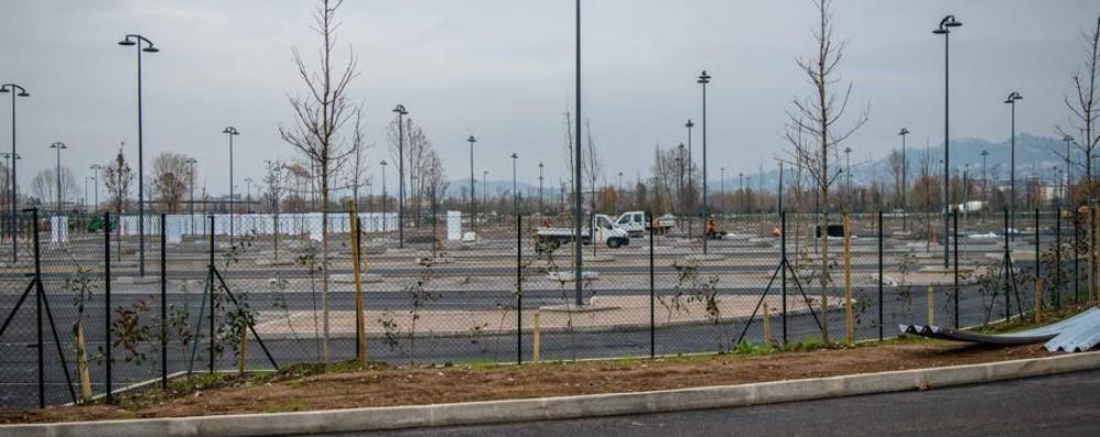 Aeroporto, arriva il nuovo parcheggio Per Natale i primi 1.500 posti. Il video