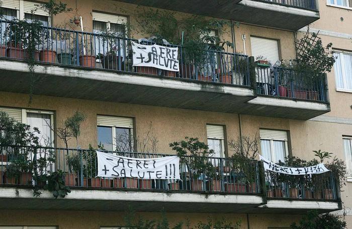 Striscioni di protesta a Colognola