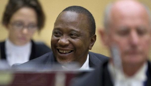 Cpi, ritirate accuse a presidente Kenya