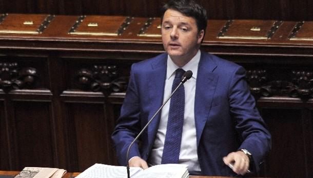 S&P taglia rating Italia a BBB- da BBB