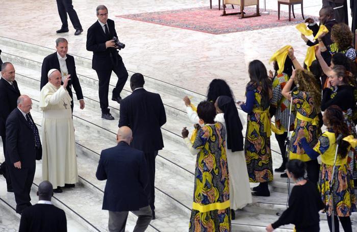 L'incontro tra Papa Francesco e i volontari della Focsiv