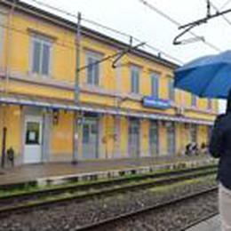 Ruba un iPad e scende dal treno  Ad attenderlo due carabinieri
