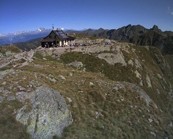 Rifugio Benigni ripreso dalla webcam d'estate