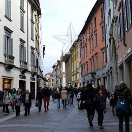 Giovedì «Bergamo open for Expo»  Negozi aperti in centro fino alle 23