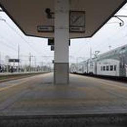 Treviglio, tenta scippo in treno:  gli agenti della Polfer lo arrestano