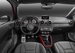 L'interno dell'Audi S1