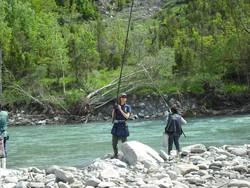 Francesca Fuselli a pesca  con il babbo