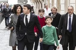 Il presidente del Consiglio Matteo Renzi con la famiglia