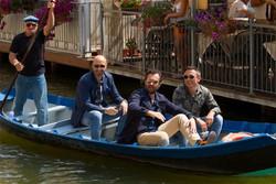 Joe Bastianich, Carlo Cracco e Bruno Barbieri nell'esterna di Comacchio