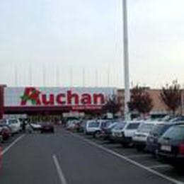 Paghi la spesa con lo smartphone  all'Auchan di Bergamo e di Curno