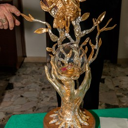 Un reliquiario per Papa Giovanni  Capovilla: Opera d'arte e di catechesi