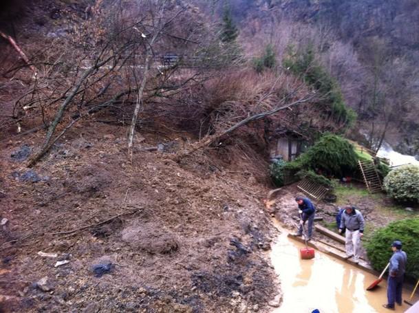 Frana in Val Imagna all'altezza di Ponte Giurino
