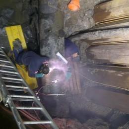 I lavori all'acquedotto dei laghi  Rete riparata, servizio ripristinato