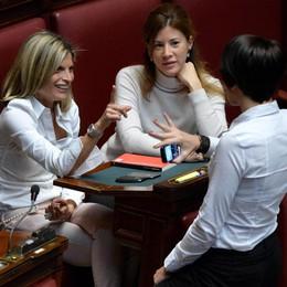 Le donne perdono la battaglia  «Pasionarie» in bianco sulle barricate