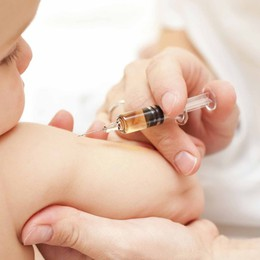 Con i vaccini pediatrici  rischi ricoveri più bassi