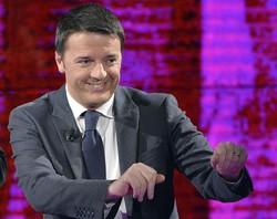 Il presidente del Consiglio Matteo Renzi ospite di Fabio Fazio. Anche in questo caso la camicia è Bagutta