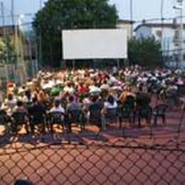 Appello salva cinema all'aperto  C'è l'operazione «adotta un pixel»