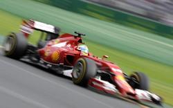 La Ferrari di Alonso  in pista  Melbourne
