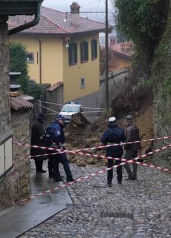 Frana in via Borgo Canale