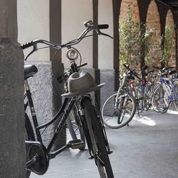La vecchia bicicletta  diventa elettrica