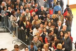 La fila per Roby Facchinetti