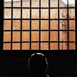 Ai domiciliari con moglie e suocera «Piuttosto il carcere che a casa»