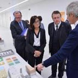 Parlamentari europei al Kilometro rosso  Italcementi presenta i suoi gioielli