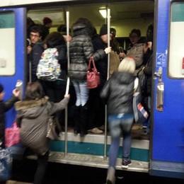 Treni, ritardi record su 5 linee  Scatta il bonus per i pendolari