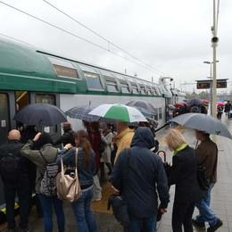 Basta «cause di forza maggiore»  I pendolari verranno risarciti