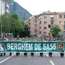 Torna l'adunata degli alpini  A Pordenone 4 mila bergamaschi