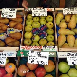 Crisi, in 7 anni  22 fruttivendoli   hanno abbassato la saracinesca