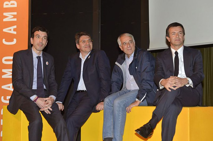 Da sinistra, Maurizio Martina, Emilio Del Bono, Giuliano Pisapia e Giorgio Gori