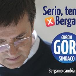 Occhiali storti e pullover no logo  La campagna di Gori sotto la lente