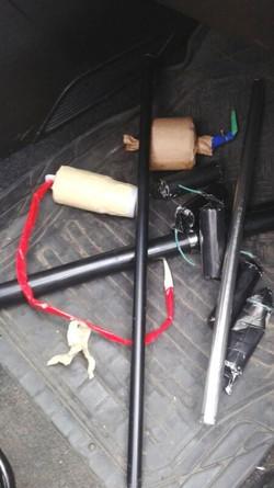 Sequestrate anche bombe artiginali