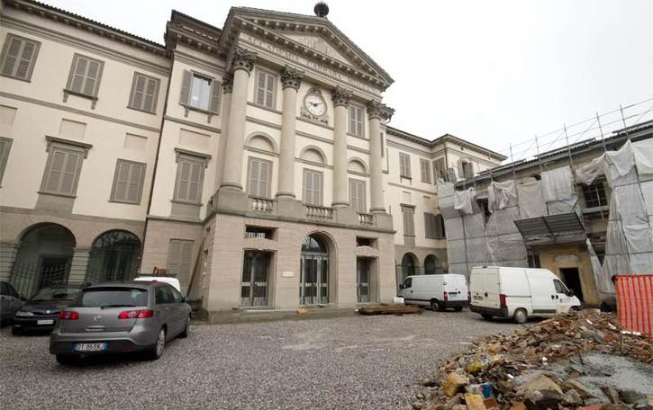 Adottiamo un quadro della «Carrara»  Una nuova raccolta fondi di Kendoo