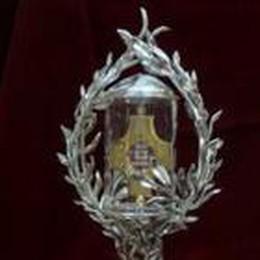 Il reliquiario di Papa Giovanni  C'è un frammento della sua pelle